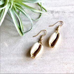 Boho Chic 18K Gold Cowrie Earrings